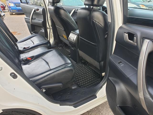 2012 Toyota Highlander Sport Photo12