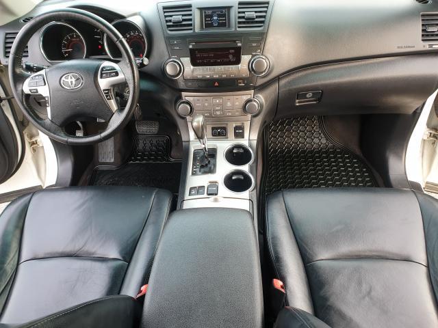 2012 Toyota Highlander Sport Photo14