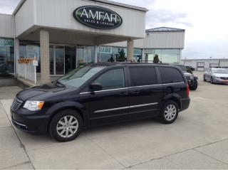 Used 2015 Chrysler Town & Country NAV/ DUAL DVD / NO PAYMENTS FOR 6 MONTHS !! for sale in Tilbury, ON