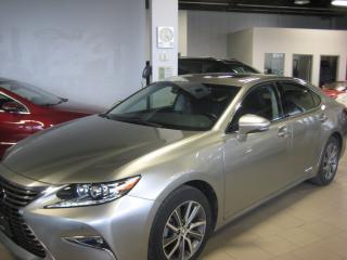 Used 2017 Lexus ES 300 hybrid for sale in Markham, ON