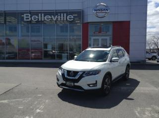 Used 2019 Nissan Rogue SV AWD sunroof, navigation for sale in Belleville, ON