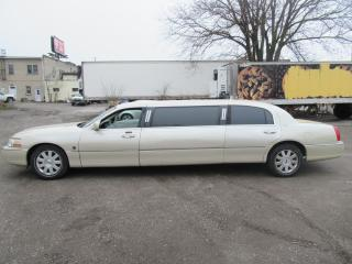 Used 2003 Lincoln Town Car Executive FEDERAL LIMOUSINE for sale in Oshawa, ON