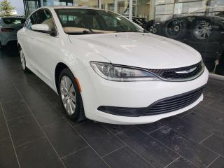 Used 2015 Chrysler 200 ACCIDENT FREE, KEYLESS ENTRY/IGNITION, POWER ACCESSORIES for sale in Edmonton, AB