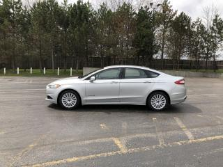 Used 2016 Ford Fusion SE Hybrid AWD for sale in Cayuga, ON