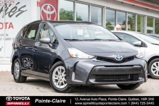 Used 2016 Toyota Prius V Hybride for sale in Pointe-Claire, QC