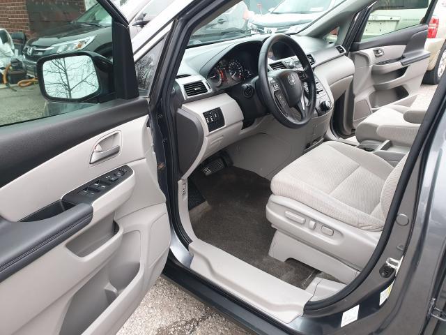 2013 Honda Odyssey EX Photo9
