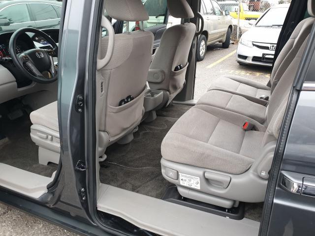 2013 Honda Odyssey EX Photo10