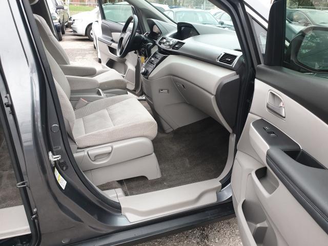 2013 Honda Odyssey EX Photo13