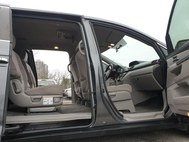 2013 Honda Odyssey EX Photo16