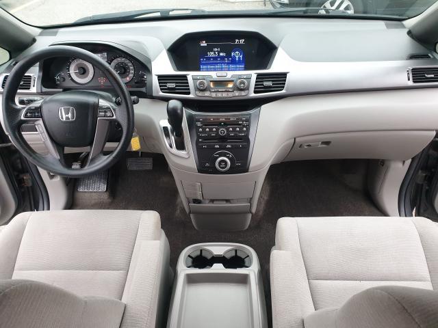 2013 Honda Odyssey EX Photo20