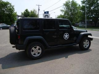 Used 2011 Jeep Wrangler Sport  automatique for sale in Ste-Thérèse, QC