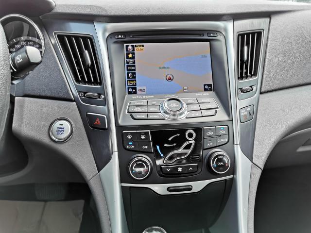 2011 Hyundai Sonata HEV w/Premium Photo17