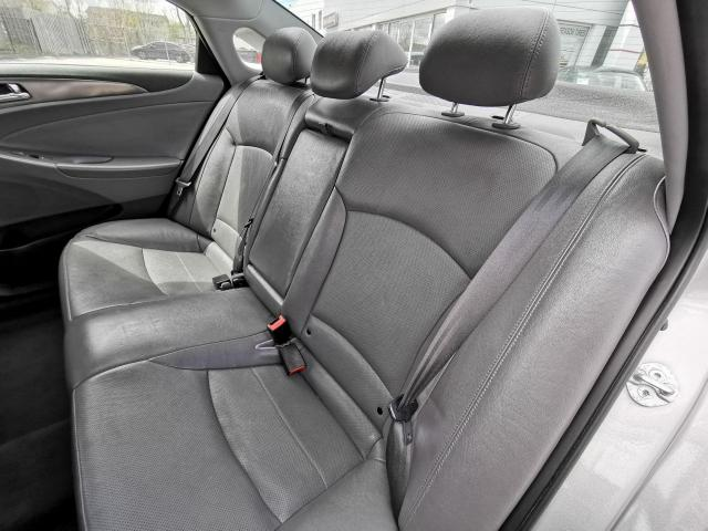 2011 Hyundai Sonata HEV w/Premium Photo26