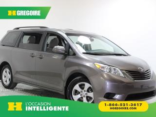 Used 2017 Toyota Sienna LE CAMÉRA DE RECUL for sale in St-Léonard, QC