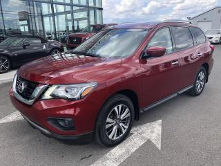 Used 2019 Nissan Pathfinder SV, GPS, AWD, MAGS, 6000LBS for sale in Lévis, QC