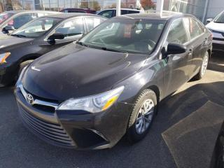 Used 2015 Toyota Camry LE for sale in Québec, QC