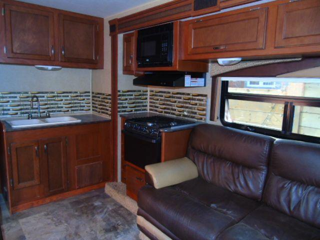 2014 Ford Econoline bunk beds/ 2 tip outs /generator / sleeps 8