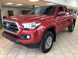 Used 2016 Toyota Tacoma 4X4 SR5 V6 A/C Cruise for sale in Pointe-Aux-Trembles, QC