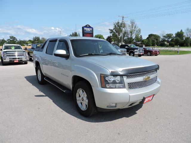 2010 Chevrolet Avalanche LT. Z71. 4X4. Leather. Sunroof. Well oiled
