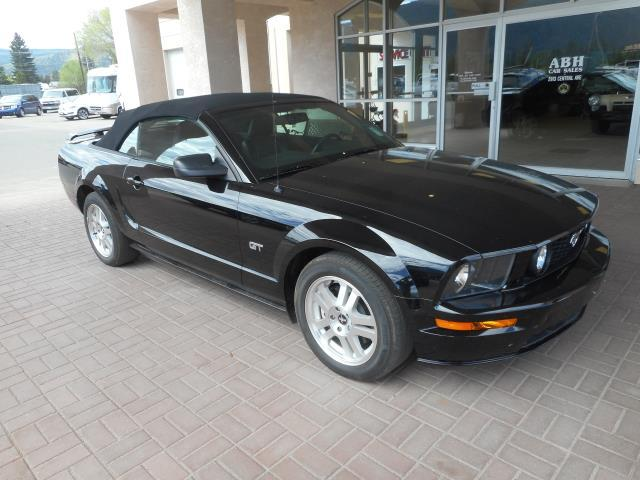 2007 Ford Mustang GT 53,200 KM'S!