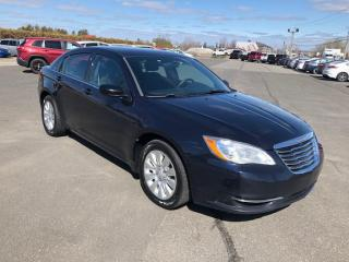 Used 2012 Chrysler 200 LX for sale in Lévis, QC