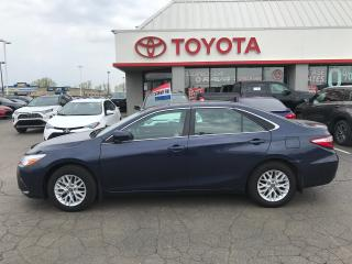Used 2016 Toyota Camry LE upgrade alloys auto Ac power pkg for sale in Cambridge, ON