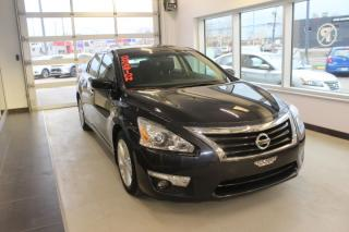 Used 2014 Nissan Altima SV CVT TOIT CAMÉRA for sale in Lévis, QC