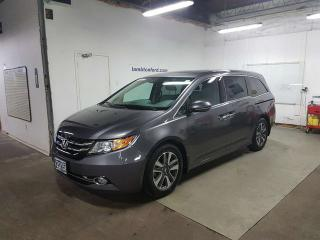 Used 2015 Honda Odyssey Touring w/RES & Navi for sale in Sarnia, ON