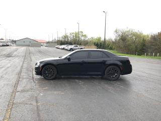 Used 2016 Chrysler 300 S AWD for sale in Cayuga, ON