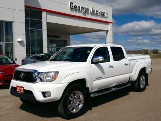 Used 2015 Toyota Tacoma LIMITED for sale in Renfrew, ON