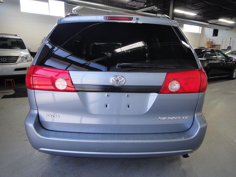 2010 Toyota Sienna