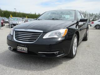 Used 2013 Chrysler 200 4dr Sdn Touring for sale in Newmarket, ON