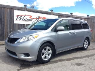 Used 2011 Toyota Sienna LE for sale in Stittsville, ON