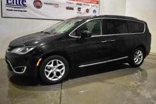 Used 2018 Chrysler Pacifica Touring-L Plus+toit pano+2DVD+ for sale in Sherbrooke, QC