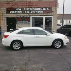 Used 2012 Chrysler 200 LX  $50.15/week OAC for sale in Windsor, ON