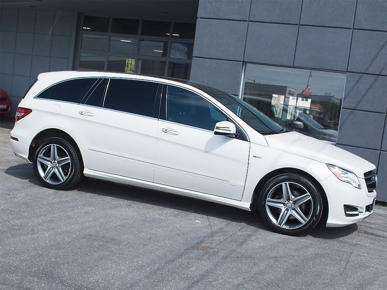 Photo of White 2012 Mercedes-Benz R 350