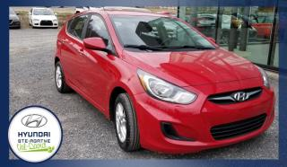 Used 2012 Hyundai Accent Voiture à hayon, 5 portes, boîte manuell for sale in Val-David, QC
