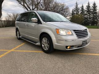 Used 2010 Chrysler Town & Country Limited Full Loaded! DVD Bluetooth / Leather! Alloys! for sale in Winnipeg, MB