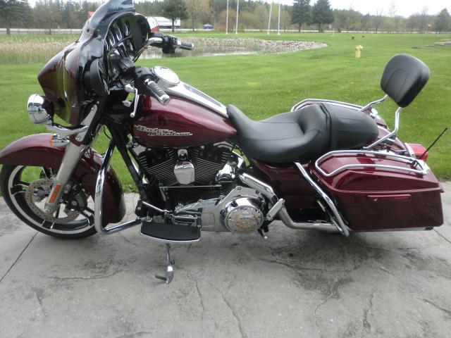 2014 Harley-Davidson FLHXS FLHXS STREET GLIDE SPECIAL