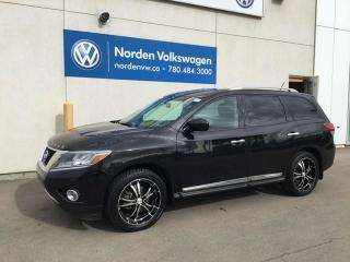 Used 2016 Nissan Pathfinder SL 4WD for sale in Edmonton, AB