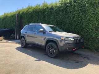 New 2019 Jeep Cherokee Trailhawk Elite for sale in Surrey, BC