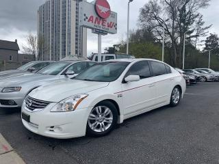 Used 2011 Nissan Altima 2.5 S for sale in Cambridge, ON