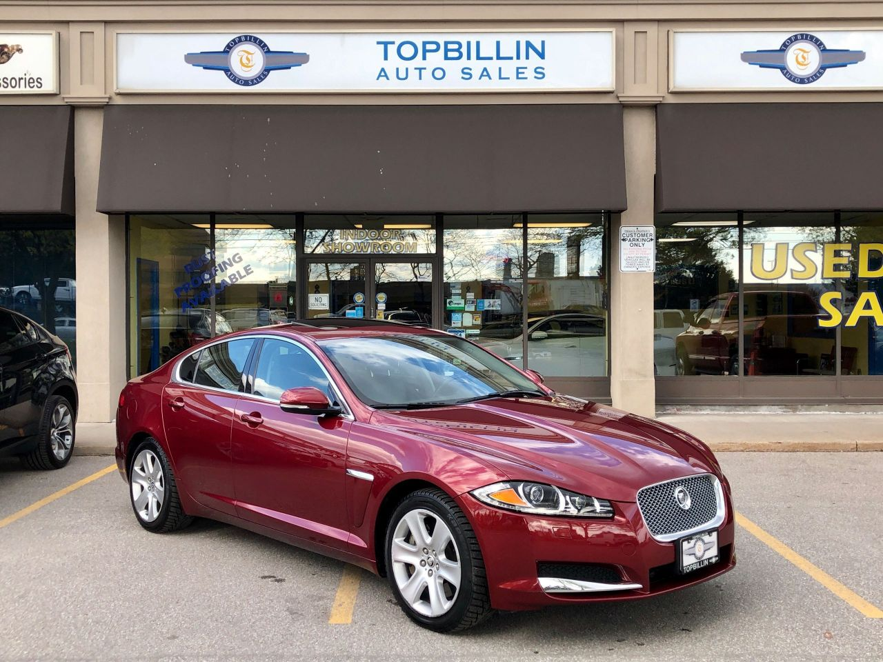 2013 Jaguar XF V6 AWD, Only 47K kms