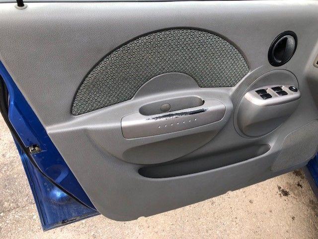 2005 Pontiac Wave
