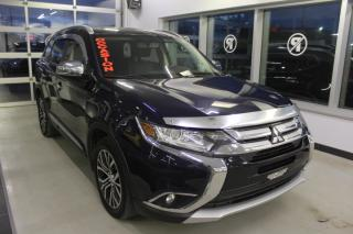 Used 2016 Mitsubishi Outlander SE TOURING AWD TOIT CAMÉRA SIÈGES CHAUFF for sale in Lévis, QC