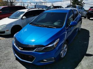 Used 2017 Chevrolet Cruze LT / RS / TOIT OUVRANT / SYSTÈME DE SON for sale in Sherbrooke, QC