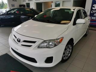 Used 2012 Toyota Corolla CE / automatique / BAS MILLAGE / DÉMARRE for sale in Sherbrooke, QC