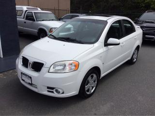 Used 2008 Pontiac Wave SE for sale in Parksville, BC