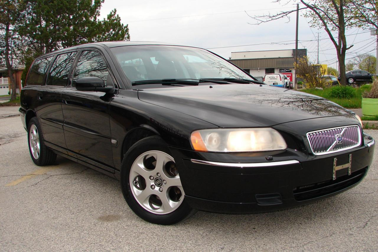 Used 2005 Volvo V70 2 4L for Sale in Mississauga, Ontario
