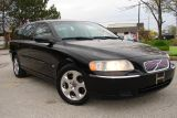 Used 2005 Volvo V70 2.4L for sale in Mississauga, ON